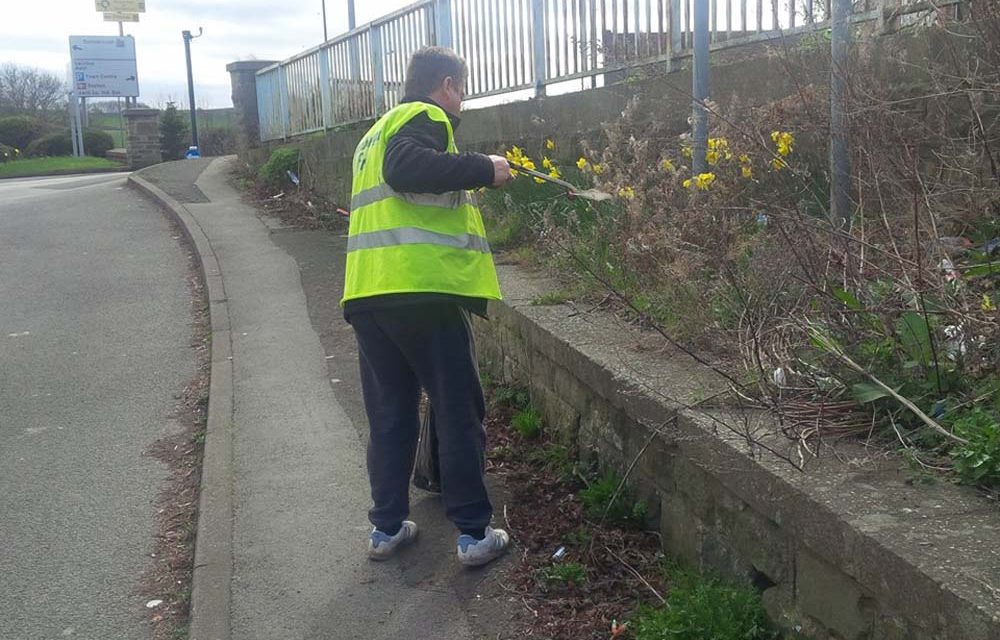 Litter Removal at Mexborough Police Station